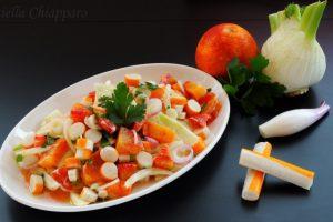 Insalata mista con surimi | Ricetta leggera