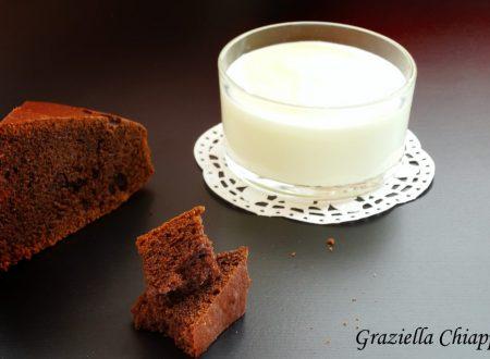Torta con 250 gr di yogurt e cacao | Ricetta senza burro
