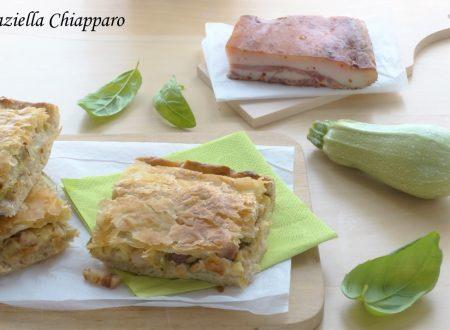 Pizza parigina con zucchine e guanciale | Ricetta