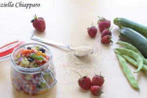 Quinoa con verdure e fragole   Ricetta leggera