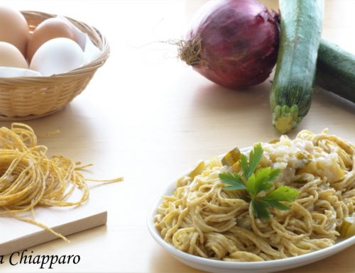 Tagliolini integrali fatti in casa con zucchine | Ricetta leggera