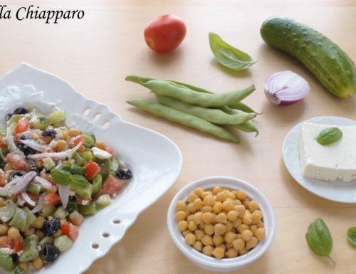 Insalata greca con ceci e fagiolini | Ricetta facile