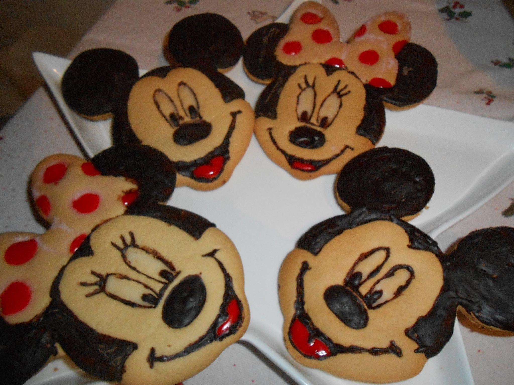 Biscotti minnie e topolino golosamente milena for Decorare la stanza di minnie e topolino
