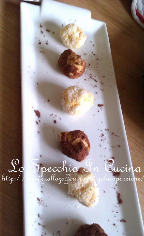 palline di ricotta cocco e zafferano ricetta dolci ricetta da lo specchio in cucina
