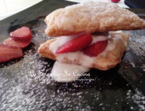 Millefoglie con fragole e crema alla panna , ricetta dolci