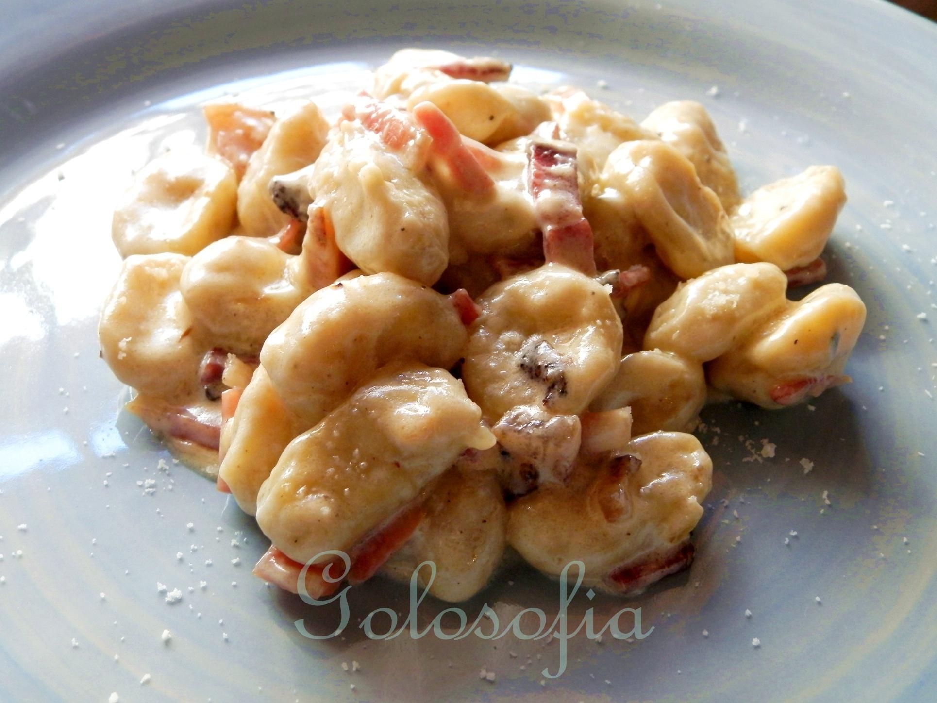 Ricette Con Gnocchi E Speck.Gnocchi Di Patate Con Panna E Speck Ricetta Casalinga Golosa