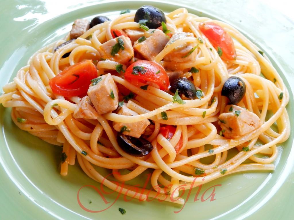 Linguine al rag di tonno ricetta semplice saporita for Primi piatti pesce