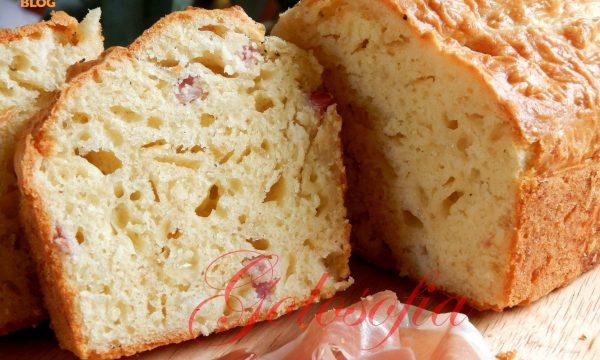 Plum cake salato pancetta e scamorza, ricetta antipasti