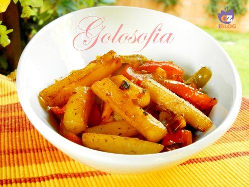 Padellata di patate e peperoni all'origano, ricetta sfiziosa