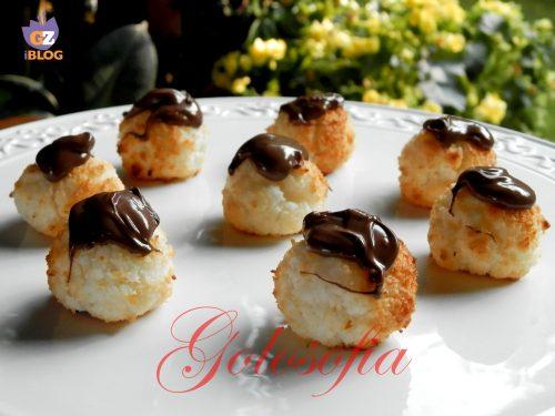 Biscotti morbidi cocco e nutella, ricetta veloce golosa