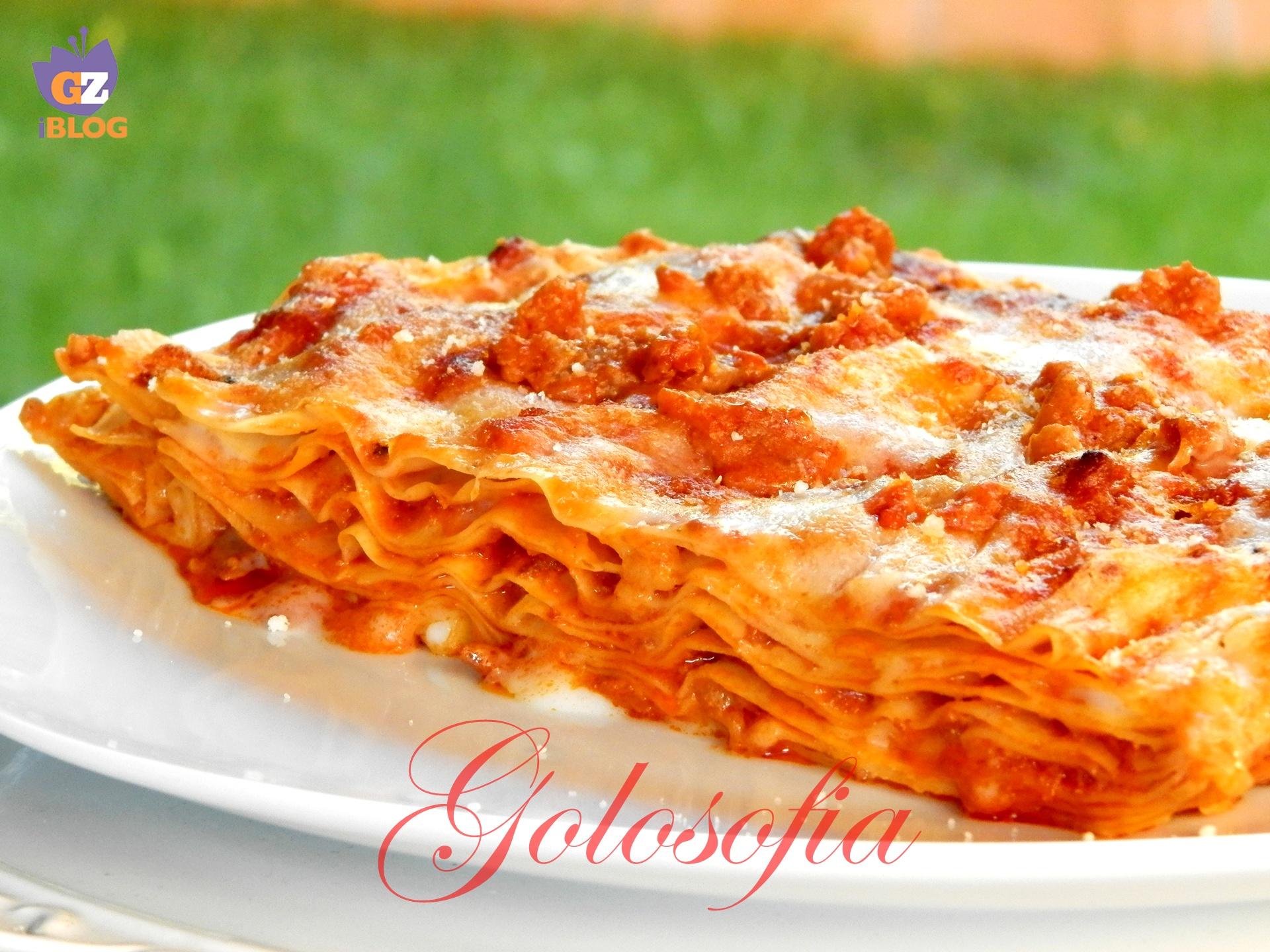 Lasagne alla bolognese-ricetta primi piatti-golosofia