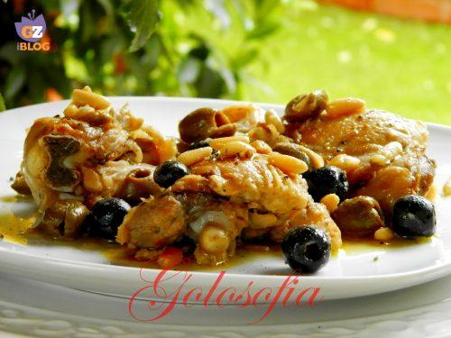 Pollo con olive e pinoli, ricetta secondi saporita