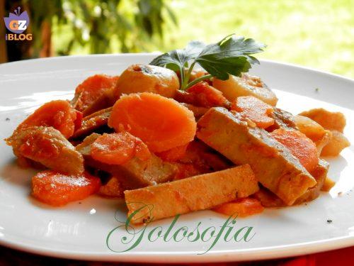 Spezzatino di seitan con verdure, ricetta vegetariana