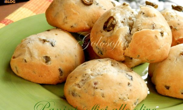 Panini soffici alle olive, ricetta fantastica!