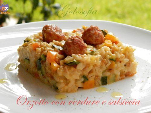 Orzotto con verdure e salsiccia, ricetta gustosissima