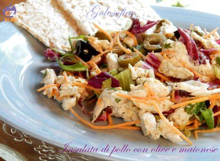 Insalata di pollo con olive e maionese, ricetta estiva