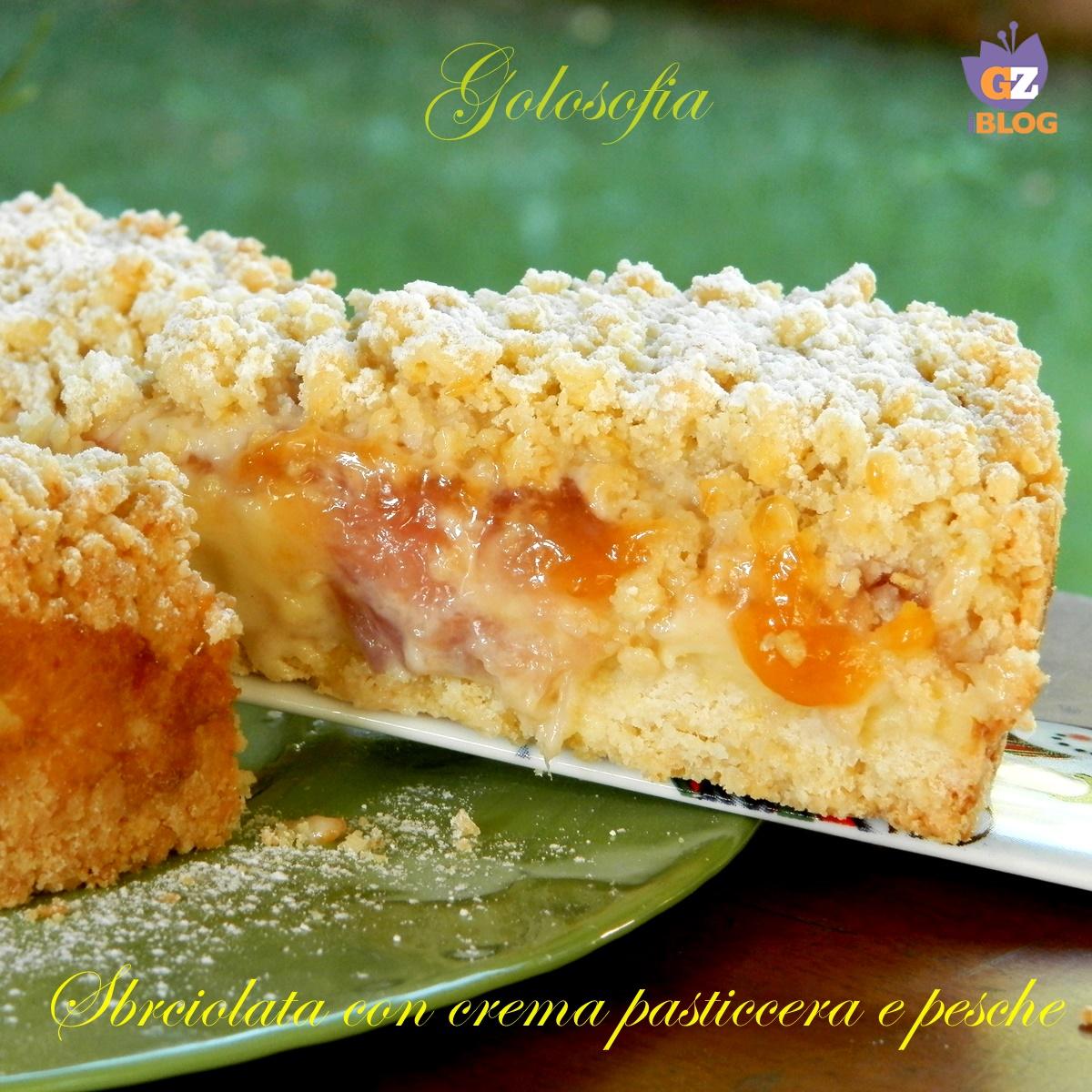 Sbriciolata con crema pasticcera e pesche-ricetta torte-golosofia