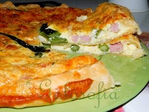 Torta salata asparagi e prosciutto cotto-ricetta torte salate-golosofia