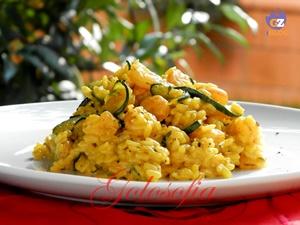 Risotto zucchine, gamberetti e zafferano-ricetta primi-golosofia