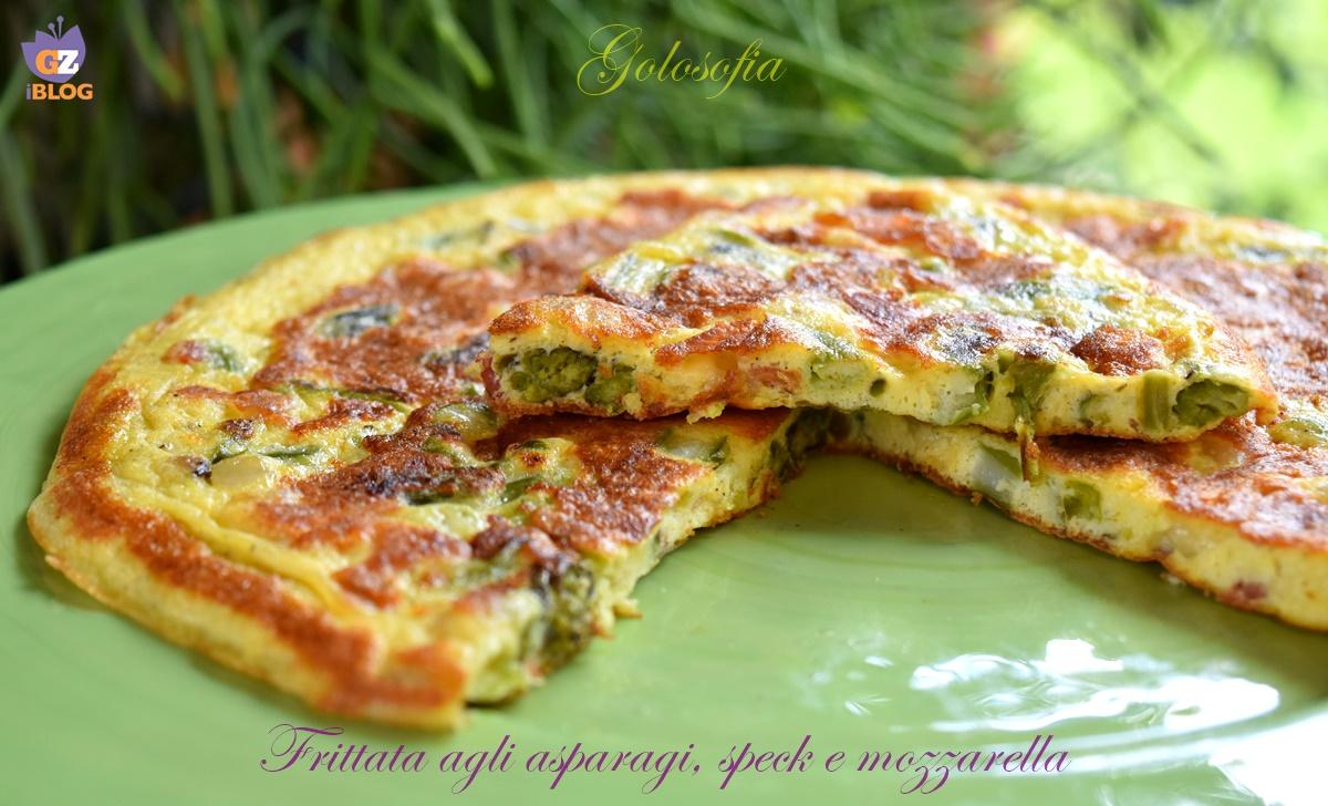 Frittata agli asparagi, speck e mozzarella, ricetta gustosa