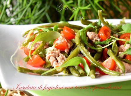 Insalata di fagiolini con tonno e pomodorini, ricetta estiva