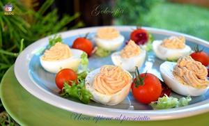 Uova ripiene al prosciutto-ricetta estiva-golosofia