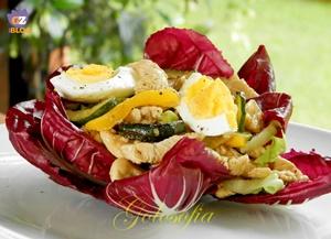 Insalata di tacchino con uova e verdure grigliate-ricetta estiva-golosofia