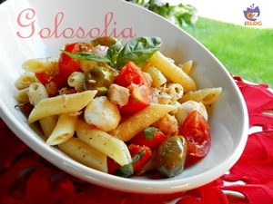 insalata di pasta fredda con tonno e mozzarella-ricetta primi-golosofia