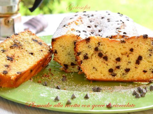 Plumcake alla ricotta con gocce di cioccolato, ricetta sofficissima!