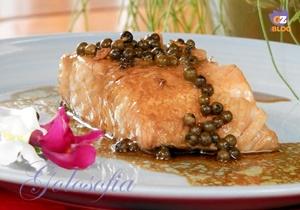 Filetto di salmone al pepe verde-ricetta secondi-golosofia
