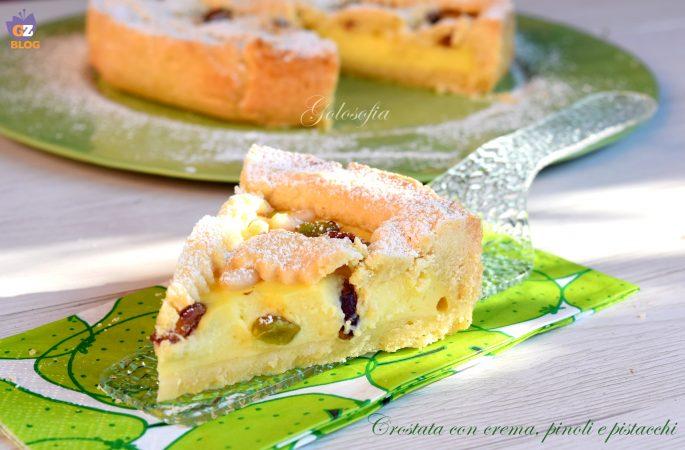 Crostata con crema, pinoli e pistacchi, ricetta golosissima!