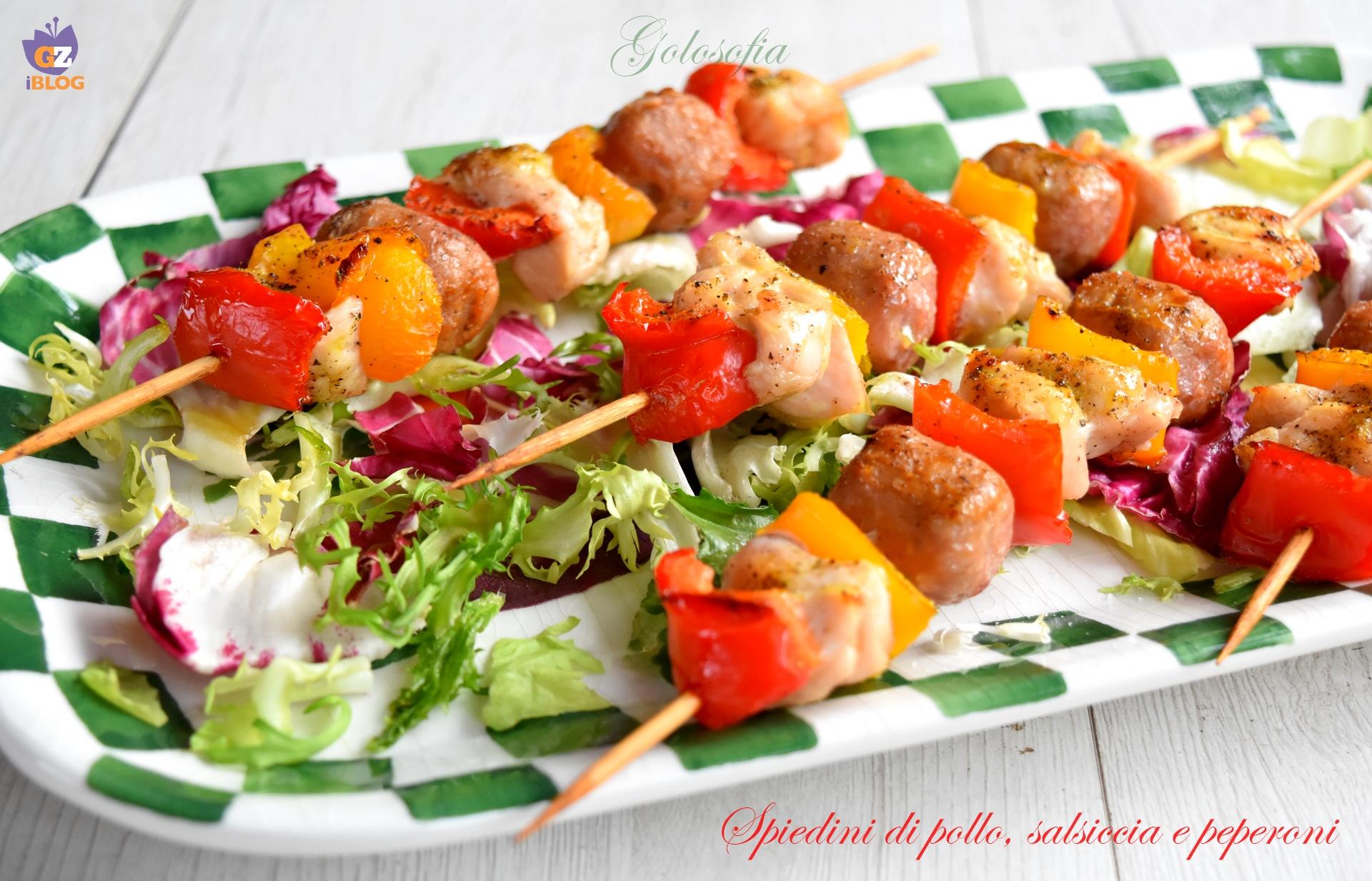 Spiedini di pollo, salsiccia e peperoni-ricetta secondi-golosofia