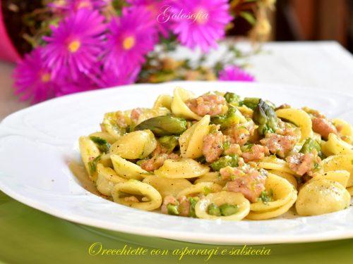 Orecchiette con asparagi e salsiccia, ricetta semplice buonissima