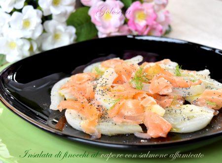 Insalata di finocchi al vapore con salmone affumicato, ricetta leggera