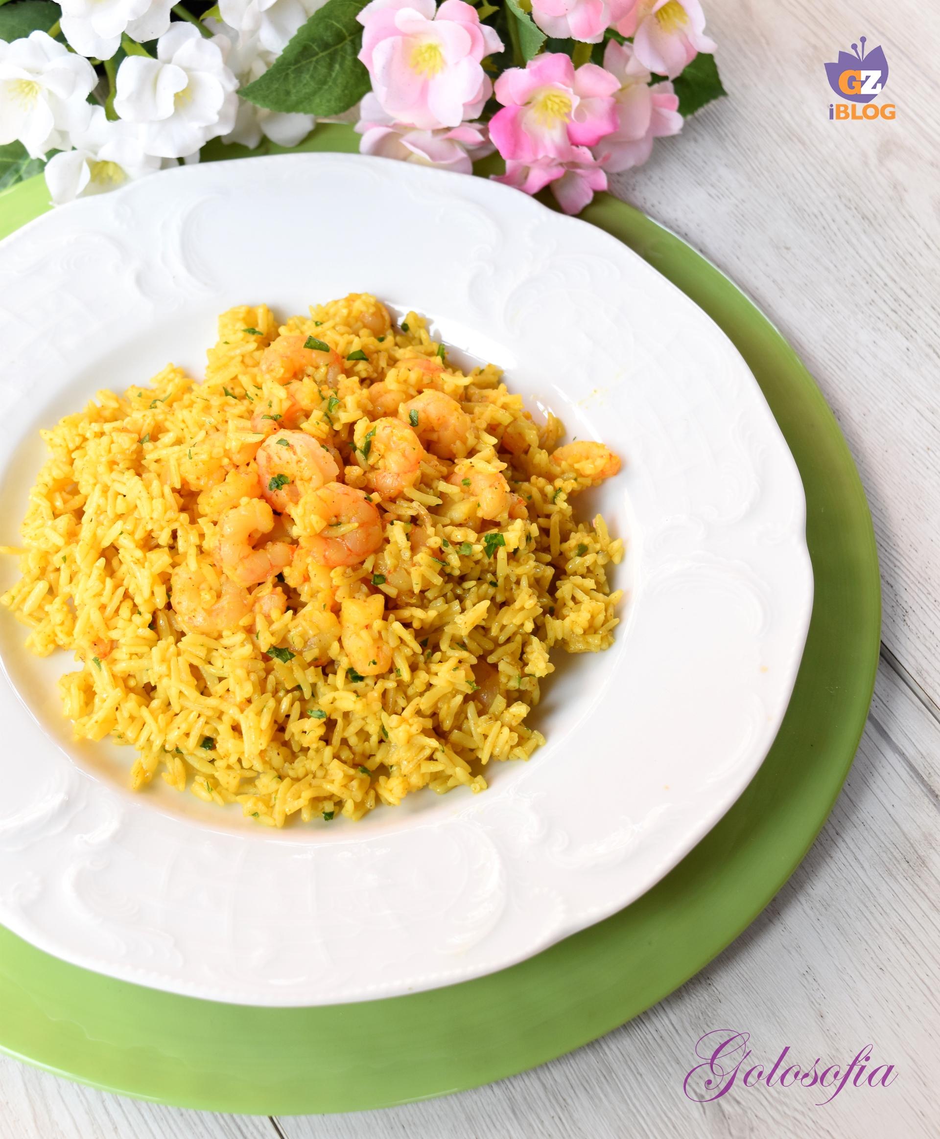 Risotto al curry con gamberetti-ricetta primi-golosofia