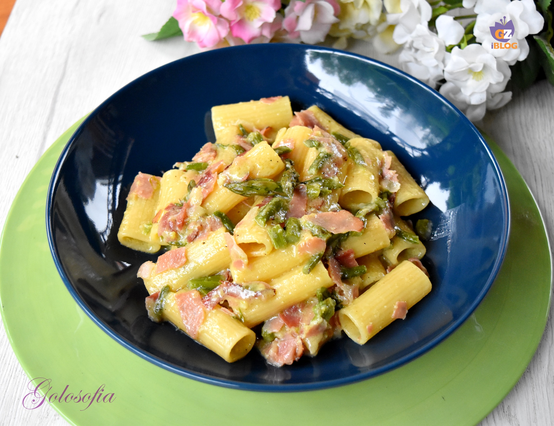 Rigatoni alla carbonara di asparagi e speck-ricetta primi-golosofia