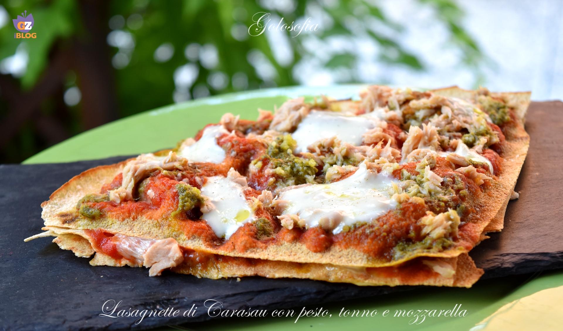 Lasagnette di Carasau con pesto, tonno e mozzarella-ricetta antipasti-golosofia