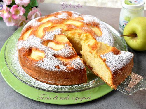 Torta di mele e yogurt, sofficissima e senza burro