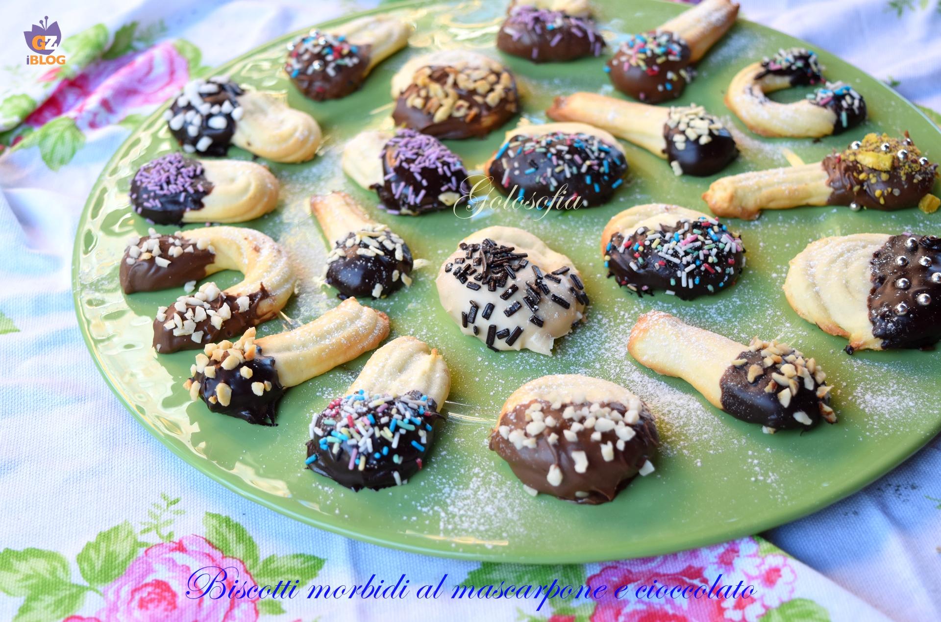 Biscotti morbidi al mascarpone e cioccolato-ricetta biscotti-golosofia