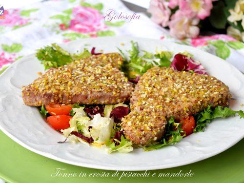 Tonno in crosta di pistacchi e mandorle, ricetta semplice e favolosa!