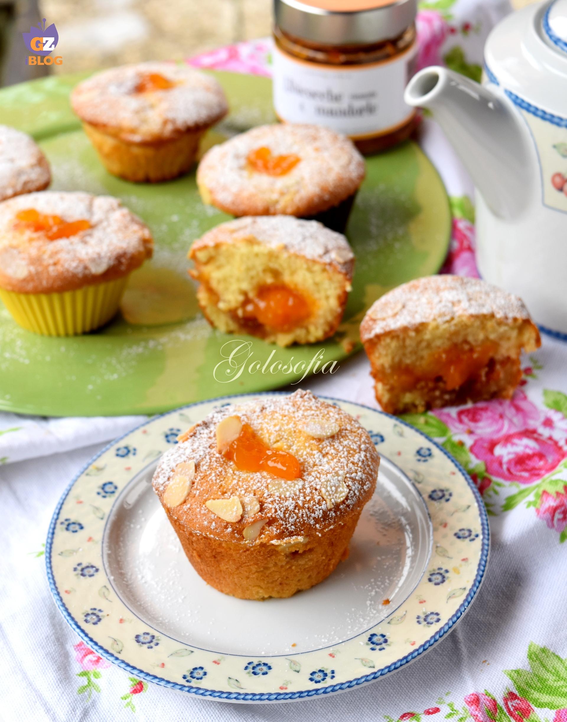 Muffin morbidi cuor di albicocca e mandorle-ricetta dolci-golosofia