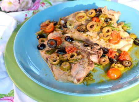 Nodini di vitello alle olive e pomodorini, semplici e gustosissimi