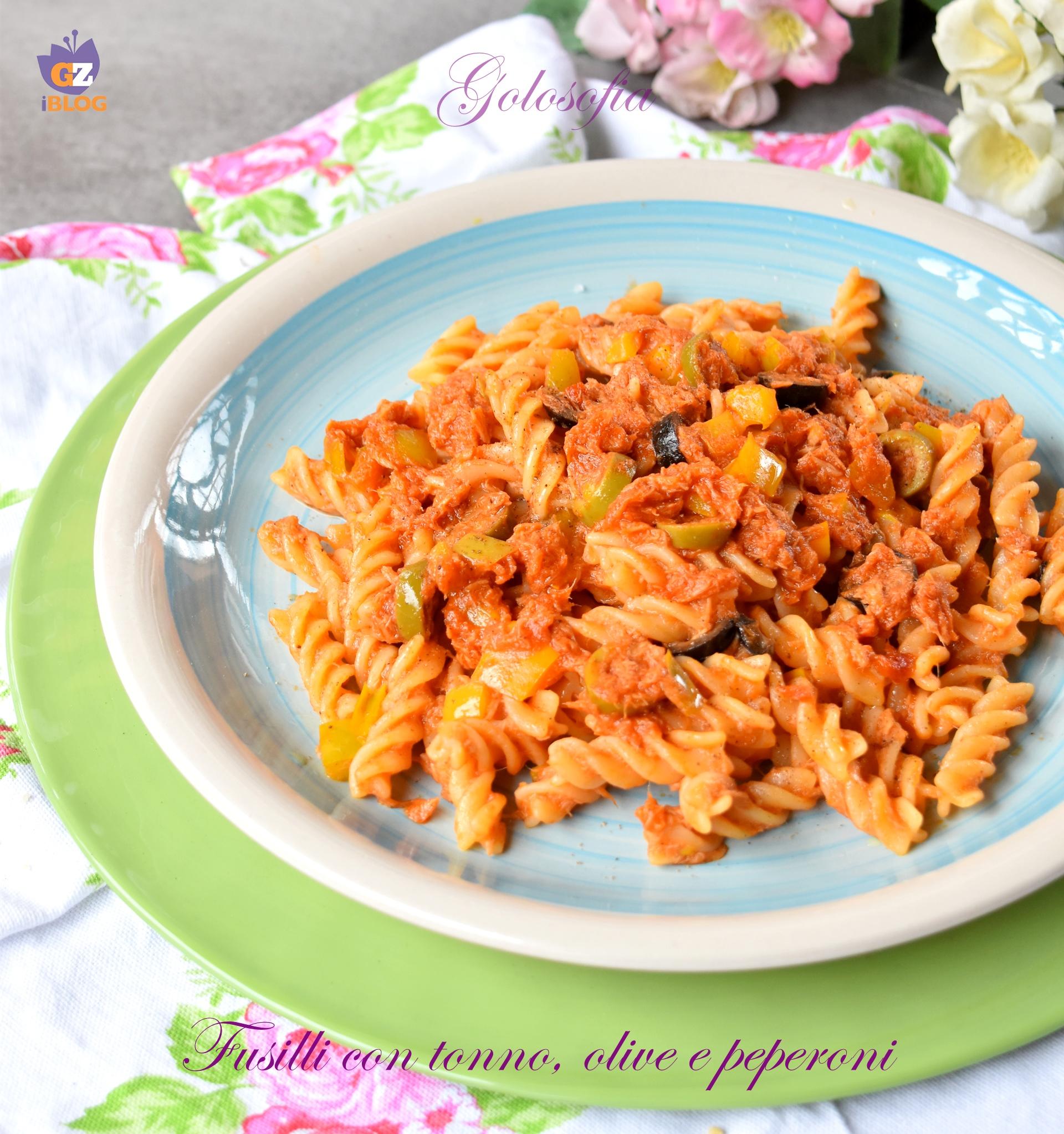 Fusilli con Tonno, Olive e Peperoni, Ricetta Gustosissima
