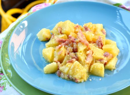 Patate alla carbonara, ricetta buonissima e cremosa!