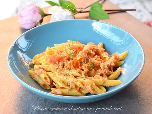 Penne cremose al salmone e pomodorini, ricetta gustosissima e veloce
