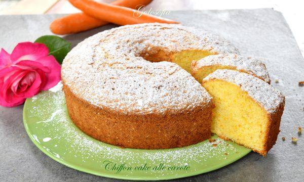 Chiffon cake alle carote, meravigliosa, sofficissima e senza burro!
