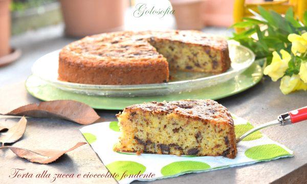 Torta alla zucca e cioccolato fondente, ricetta soffice e golosa!
