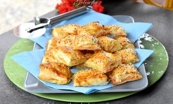 Salatini veloci al salmone e formaggio, ricetta sfiziosa per feste e buffet!