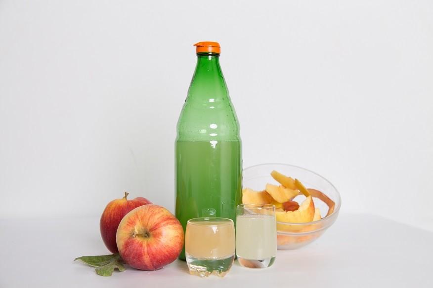 Ricetta Aceto di mele Fatto in Casa con gli Scarti