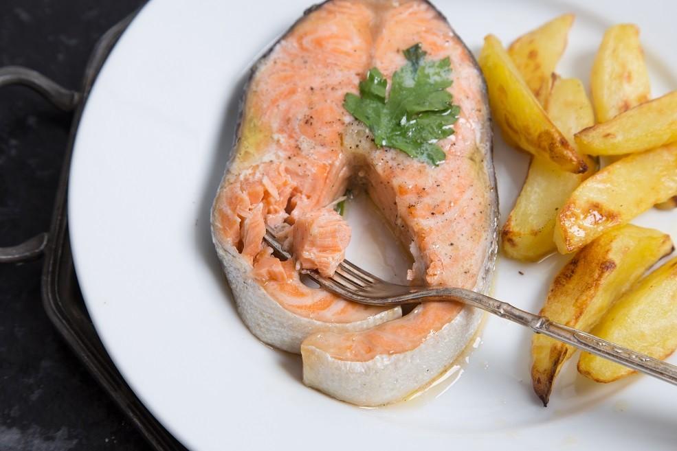 Salmone in Cartoccio Ricetta Semplice in 20 minuti